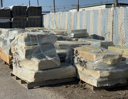 Retaining Wall Blocks & Garden Wall Bricks in Brownstown, MI | Freeport Stone - rwalls2